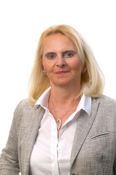 Porträt Claudia Sichelstiel