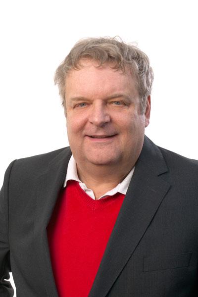 Porträt Jonas Riedl